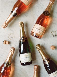 yummy champagne cocktails for toasting | image via: style me pretty