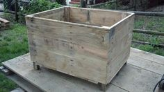 Pallet toy box for Caleb's room
