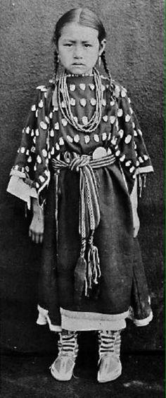 Woesha, daughter of Crow Neck & Making Road - Heévâhetaneo'o (Southern Cheyenne) Nation - 1900