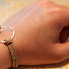 Silver and Leather Bracelet {Make #Jewelry} #DIY
