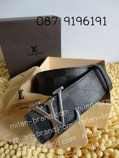 ภาพจาก http://fashionaccess.weloveshopping.com/shop/client/000053/fashionaccess/blv02.jpg