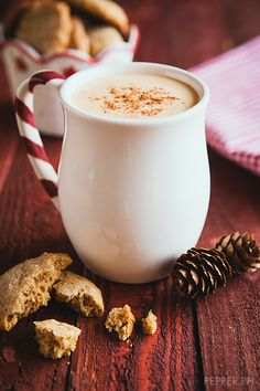 Here's How to Make Classic Christmas Eggnog