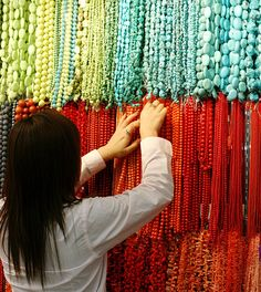 Beijing Silk Market Prices | Beijing's Top 10 : Markets and Malls - Travel - Womenworld.org