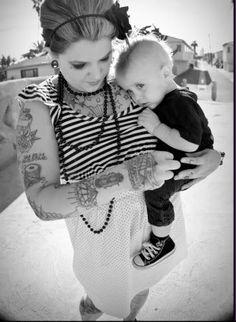 #tattoomom #kids #parentswithtattoos