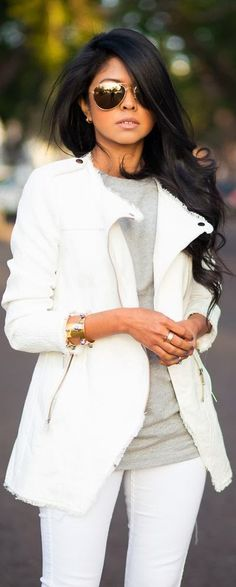 Adorable white pants, gray shirt with white blazer with lovely shades Fashion Mode, Look Fashion, Womens Fashion, Fashion Trends, Street Fashion, Fashion 2014, Petite Fashion, Fashion Wear, Fasion