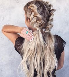 """989 Likes, 12 Comments - Habit Hand Tied Extensions (@habit.hand.tied.extensions) on Instagram: """"Braids ➰& Ponies   by @hairby_chrissy"""""""