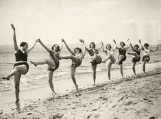 vintage everyday: Dancing on the Beach, Bournemouth, c. 1925