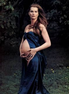 Brooke Shields by Annie Liebovitz for Vogue, 2003.