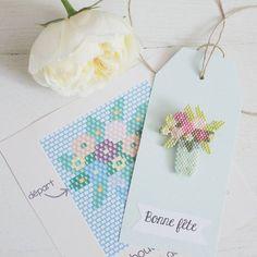 La grille du bouquet est disponible sur le blog (lien dans presentation). Bon début de semaine. #jenfiledesperlesetjassume #brickstitch #miyuki #perlesmiyuki #perlesaddict #avecses10ptitsdoigts #fetedesmeres #champêtre