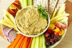 סלט חצילים רומני Hummus, Ethnic Recipes, Food, Essen, Meals, Yemek, Eten