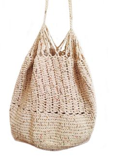 Crochet slouch beach bag - a great hobo chic necessity!