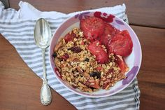 'Superfood' berry and pecan granola