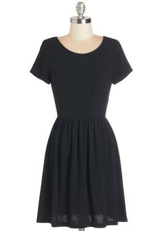Tranquil Afternoon Dress in Black. On a cloudless afternoon, you can usually be found relaxing in the sunshine. #black #modcloth