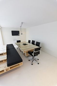 PALLET OFFICE   Decor8.gr   Inspiration, design, decoration, art