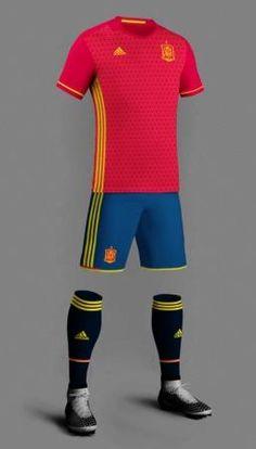 Filtradas las primeras imágenes de las nuevas camisetas de España