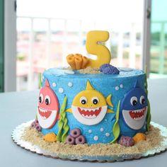Shark Birthday Cakes, Baby Boy 1st Birthday Party, Themed Birthday Cakes, First Birthday Cakes, Birthday Cake Girls, Card Birthday, Birthday Greetings, Birthday Ideas, Happy Birthday