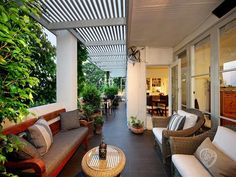 outdoor living areas image: outdoor furniture setting, pergola - 8141137