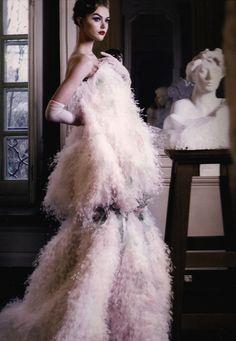 moldavia: Dior Couture, Patrick Demarchelier Christian Dior Haute Couture S / S 2008