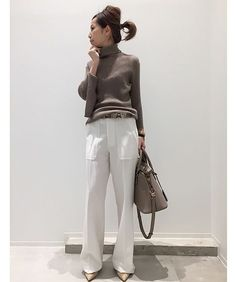 L'Appartement DEUXIEME CLASSE Classic Outfits, Simple Outfits, Chic Outfits, Work Fashion, Fashion Pants, Daily Fashion, Winter Office Outfit, Office Outfits, Spring Summer Fashion