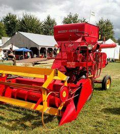 Farmall Tractors, Old Tractors, Agricultural Implements, Remembering Dad, Combine Harvester, Old Farm Equipment, Antique Tractors, New Trucks, Farm Life