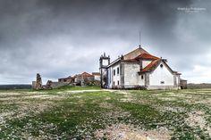 Time Goes By #portugal #sesimbra #lisboa #oldchurch #church #landscape #paisagem #portugal_em_fotos #portugal_de_sonho #portugalalive #photosergereview