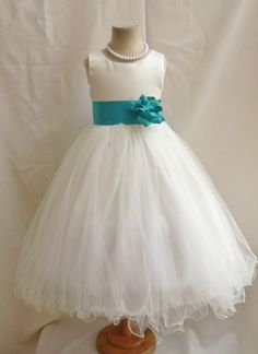 Flower Girl Dress IVORY/Teal FL Wedding van NollaCollection op Etsy, $34.99