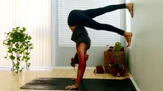 8 Ways (Besides Handstand) to Use a Wall in Your Yoga Practice Yoga Journal Bikram Yoga Poses, Basic Yoga Poses, Yoga Positions For Beginners, Wall Yoga, Learn To Meditate, Yoga Journal, Iyengar Yoga, Yoga Sequences, Yoga Fashion
