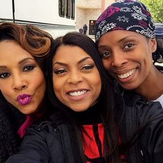 #1 Source for Black Females // soph-okonedo: Vivica A. Fox, Taraji P. Henson,... Empire Cast, Empire Fox, Empire Season 3, Extension A Clip, Vivica Fox, Lab, Crochets Braids, Taraji P Henson, Jussie Smollett