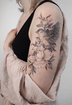 20 Unique Flower Sleeve Tattoo Design Ideas For Woman To Look Great! - - inspirational sleeve tattoos ideas for woman, peony tattoo,pretty sleeve tattoo,unique sleeve tatto - Unique Half Sleeve Tattoos, Half Sleeve Tattoos Designs, Girls With Sleeve Tattoos, Shoulder Tattoos For Women, Sleeve Tattoos For Women, Unique Tattoos, Classy Tattoos For Women, Tattoo Arm Frau, Zealand Tattoo