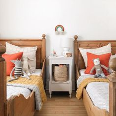 Latest strategies for boy room inspiration. Look at the space where your new piece will sit. Whether you acquire a bed, table or bed, take measurements so you can be sure it will fit. Guessing can easily prove badly. Girl Room, Girls Bedroom, Bedroom Decor, Garden Bedroom, Casa Kids, Shared Bedrooms, Plywood Furniture, Furniture Layout, Duvet