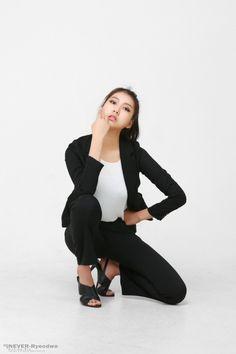 Ban Ji Hee