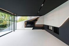 Futurismus in Architektur und Interieur-Design – CoMed Haus in Wien - Dekoration ideens Architecture Origami, Facade Architecture, Interior Concept, Interior Design, Modern Tv Units, Futuristic Interior, Modern Office Design, Architectural Section, Hotel Interiors