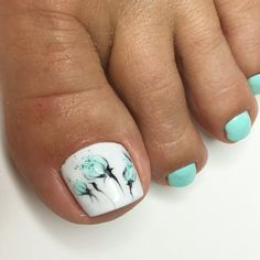 New spring pedicure ideas 2018 toes ideas Flower Pedicure Designs, Pedicure Colors, Toe Nail Designs, Manicure And Pedicure, Pedicure Ideas, Cute Toe Nails, Cute Acrylic Nails, Nails For Kids, Floral Nail Art