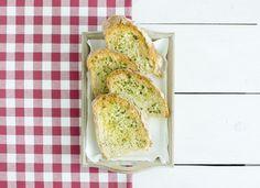 Pan de ajo para #Mycook http://www.mycook.es/cocina/receta/pan-de-ajo
