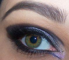 Futuristic Cut Crease https://www.makeupbee.com/look.php?look_id=86332