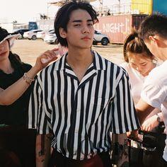 One 원 [Jung Jaewon] Look Magazine Cute Korean Boys, Asian Boys, Asian Men, Pretty Boys, Cute Boys, Pretty People, Beautiful People, Jaewon One, First Rapper