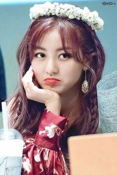 Twice - Park Jihyo Kpop Girl Groups, Korean Girl Groups, Kpop Girls, Nayeon, Leader Twice, Park Ji Soo, Jihyo Twice, Twice Once, Some Beautiful Pictures