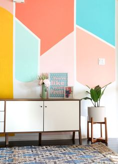 47 Pretty Painted Bedroom Wall Color Design Ideas That Will Inspire You - Gone were those days when people lived in houses with just white painted walls, regular bulbs, and marriage and family photos in standardized photo fr. Simple Bedroom Design, Bedroom Wall Designs, Diy Bedroom, Geometric Wall Paint, Geometric Decor, Deco Pastel, Diy Wall Painting, Painting Designs On Walls, Cooler Painting
