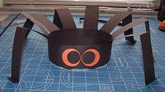Spider Hat - Fun and Easy Kids Craft Halloween Class Party, Halloween Crafts For Kids, Halloween Activities, Easy Crafts For Kids, Toddler Crafts, Halloween Themes, Fun Crafts, Halloween Tricks, Halloween Masks