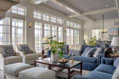 Benjamin-Moore-1604-Silvery-Moon-Coffered-Ceiling-Paint-Color-Benjamin-Moore-Silvery-Moon