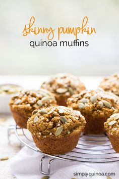These SKINNY Pumpkin Quinoa Muffins make for the best breakfast - they're quick, healthy and delicious | recipe on simplyquinoa.com