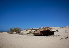 https://flic.kr/p/aLrP6K | Russian tank in Berbera - Somaliland |  Formerly a British colony, Somaliland briefly reached its independence in 1960. It is one of the three Territories, with Puntland and former Italian Somalia that compose the current State of Somalia. Somaliland proclaimed its independence in 1991, adopting its own currency, a fully independent government, working institutions and police. The authorities organized a referendum in 2001, advocating once again for full…