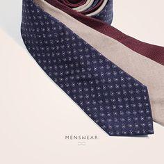 Slips fra Viero Milano  http://menswear.no/tilbehor/slips #menswear_no #menswear #viero #vieromilano #como #slips #silk #ull #oslo #tjuvholmen #lysaker #bogstadveien #hegdehaugsveien #høst #jobbklær #suit #suitup  photo: @katyadonic