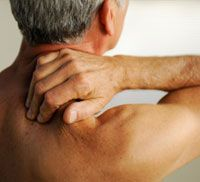 10 Natural Ways to Ease Sore Muscles. #Wellness #Tips http://www.organicspamagazine.com/2011/09/10-natural-ways-to-ease-sore-muscles/#