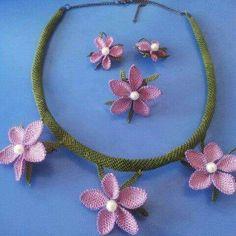 I Crochet Necklace, Jewelry, Jewlery, Jewerly, Schmuck, Jewels, Jewelery, Fine Jewelry, Jewel