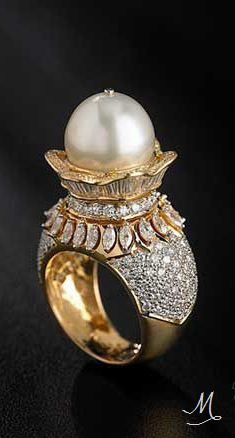 Diamond Ring with Pearl