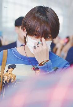 He's so beautiful #V #Taehyung #BTS in airport