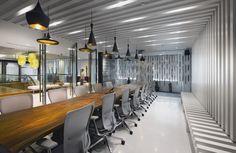 Amazing Contemporary Interior Meeting Room Design with Beautiful