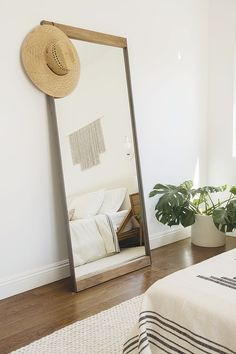 Large bedroom mirror ideas bedroom mirror ideas wall mounted mirrors recently mirrored furniture decorating home decor . Boho Chic Style Bedroom, Room Decor, Bedroom Makeover, Bedroom Decor, Beautiful Bedrooms, Home, Interior, Bedroom Design, Home Decor