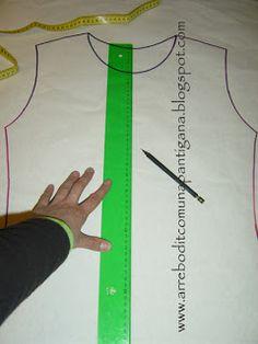 Bon tuto per prendre mides i modificar patrons de samarretes, dessuadores... De LaPantigana